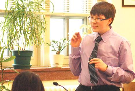 Freshman Theo Britton practices his cross examination in the Superior Court House on Jan. 31. Britton was a part of Team 3, which placed sixth at regionals. Photo by Gabby Gidley