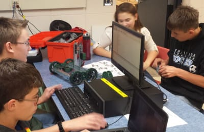 Student Robotics Club at SHS (ExploreSuperior©)